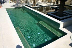 azulejos piscinas 300x200 - Azulejos y baldosas para piscinas