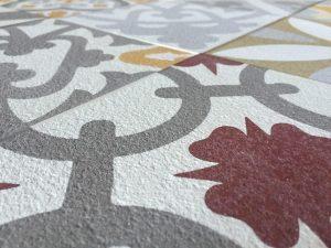 1.xabier.marzo .Textura Stone 300x225 - Las baldosas hidráulicas en las aceras de Barcelona