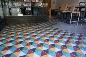 1.junio .xabier.Col . Hexagon Ref H1010 300x199 - Tipos de azulejos hidráulicos