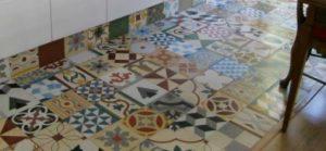 azulejo hidraulico barcelona 300x139 - Azulejos hidráulicos